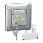 Prise Green'up Access - 3,2kVA - Mode 2 - IP55 IK10 - encastré volet verrouillé